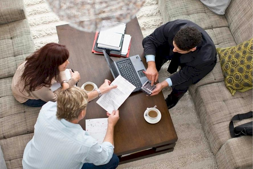 Dedicated Mortgage Broker Team